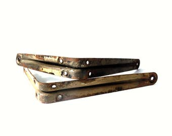 2 Vintage Metal Shelf Brackets / Weathered Rusty Paint / Old Shelf Brackets / Metal Shelf Brackets / Storage Organization / DIY Shelf