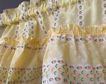 Yellow with orange flowers and white flocked window panels ruffle 1 straight valance and set of 2 angled valances 1960's rod pocket style