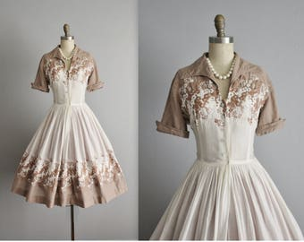 50's Embroidered Shirtwaist Dress // Vintage 1950's Embroidered Cotton Full Pleated Garden Party Picnic Shirtwaist Dress M