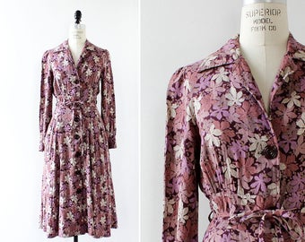 Secretary Dress S/M • 70s Dress • Vintage Floral Dress • Leaf Dress with Pockets • Purple Floral Dress • V Neck Dress | D1247