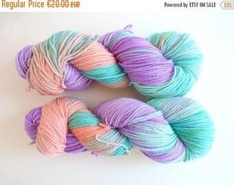 "Merino wool in DK, hand dyed - Sustainable Australian NewMerino, Oveja y Punto base - Colourway ""Nodame Cantabile"""