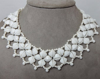 Vintage Germany White Glass Bib or Collar Style Bead Necklace    NDW19