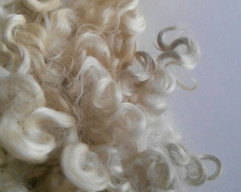 Undyed Cotswold locks 1 ounce