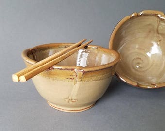 Set of 2 Large Triangular Rice and Noodle Bowls Chopstick Notches and Thumb Rest in Tan Brown Speckled Rim