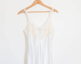 VICTORIA'S SECRET ivory sweetheart illusion lace and silk night gown - women's size small dress