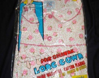 NOS Pink Roses Flannel Vintage 1970's Women's Long Nightgown Pajamas L