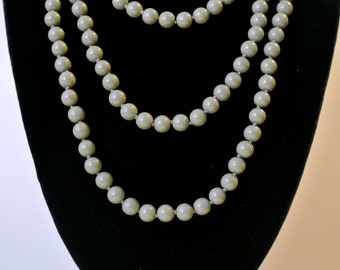 Vintage Gray Glass Bead Necklace