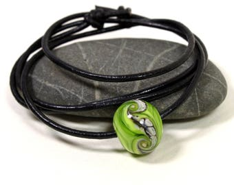 Lime Green Lampwork Glass Bead Leather Necklace, Green Glass Bead, Flamework, Glass Jewelry, Handmade in Sweden