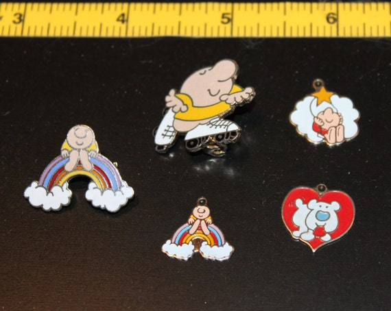 Ziggy Charms and Pins Rainbow Skating Hanging from a Star Fuzz the Dog Heart Vintage Cartoon Comic Love Valentine