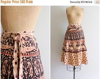 20% SALE vintage 70s hippie wrap skirt - India cotton skirt / 1970s bohemian wrap skirt- paisley block print skirt / 60s Indian cotton boho