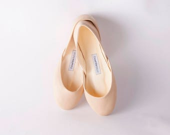 The Classic Ballet Flats in Latte Light | Made to Order