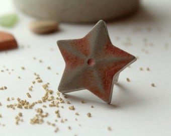 Ring,concrete, star, salmon colored
