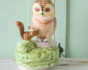 1970s RETRO OWL Home Decor....kitsch. retro. owl. bird. love. home. decor. owl collection. retro housewares. figurine. owl lover. 1970s home