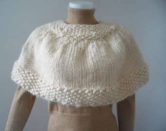 Knitting Pattern Capelet with Seed Stitch Border