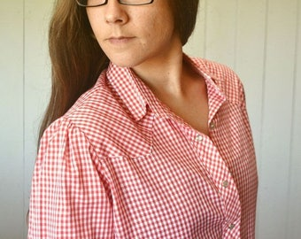 Flash Sale 25% Off Gingham Check Button Up Wrangler 1970s Vintage Red White Pearl Button Western Shirt Large