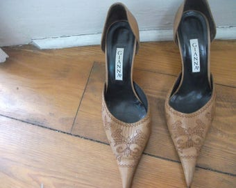 LEATHER SHOES,