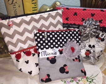 Mickey and Minnie Zipper Bags
