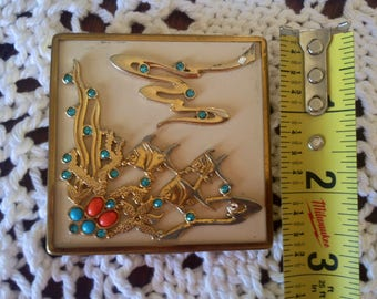Ciner Compact Vintage 1930 Collectible Jewels Rhinestones Faux Coral Turquoise Underwater Fish Scene Diorama GorGeous Makeup Mirror Bubbles