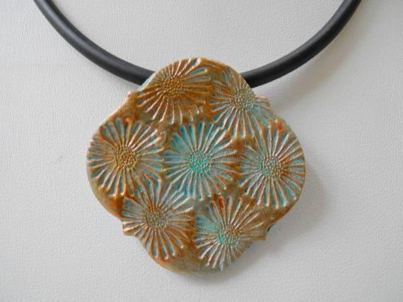 Ceramic Pendant, Daisy Flower, copper turquoise, pottery pendant, ceramic necklace, Boho design, Boho pendant, stamped pottery pendant