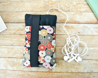 Fabric cover phone, Fabric phone case wallet, Phone sleeve with elastic and pocket, personalized phone case fabric flowers