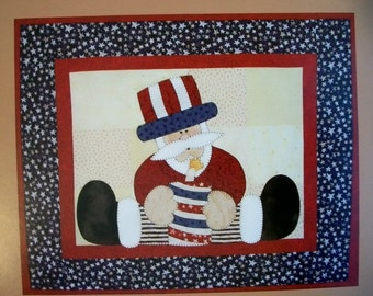 Quilt Pattern, Patriotic Pattern, Americana Mini Quilt Pattern, Applique Pattern ,4th of July Pattern, Wall Hanging, Sewing, PATTERN ONLY