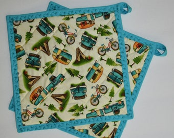 Quilted Pot Holders . Hot Pads .  Retro Camper Fabric . Lined with Insul-Bright . Set of 2 by SeamsOriginal