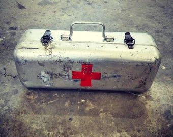 Fantastic vintage WW2 Hungarian aluminum rivets industrial medic case.