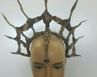 Bronze Queen Webbed Crown