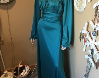 1940s style  Governess dress vintage. house Gown. .Deep Aqua and ecru Lace bodice. Spandex & Polyester .Full sleeves .cinched wrists.
