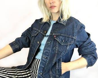 Vintage Levis Denim Jacket size  Medium 40