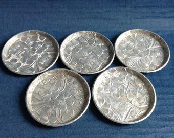 5 Vintage Aluminum Coasters. Dogwood Flower Pattern.  Everlast Forged Aluminum. Mod, pop, Mid century, Eames Panton era. 1960's.