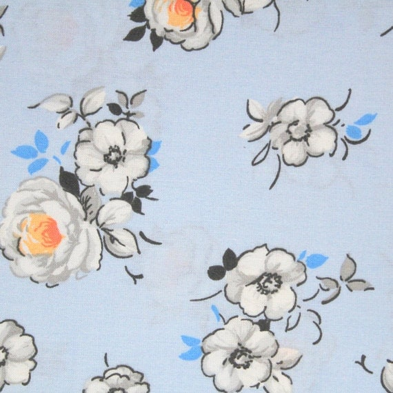 Blue flower fabric,Light blue floral fabric,Lightweight shirting fabric,Apparel fabric,100% cotton,Sold by FAT QUARTER INCREMENTS