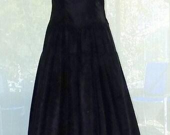 SALE - Vintage 1940's Black Taffeta Evening Gown