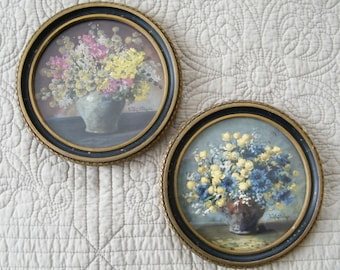 Vintage Pair Round Wood Frame Pictures Shabby Floral