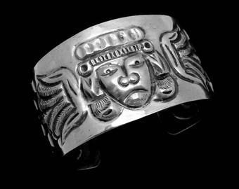 Vintage Taxco Mexican Sterling Silver Mayan Angel Repousse Cuff Bracelet 22855