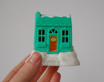 Polly Pocket Compact Chalet House, Vintage Polly Pocket Playset Bluebird Toys 1995 , Green and Pink Polly Pocket House