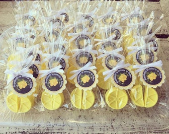 35 LEMON SOAPS {Favors} - Lemoade Party, Lemon Party Favors, Strawberry, Soaps, Birthday favors, 1st Birthday, Spring Party, Wedding Bridal