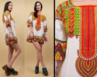 60s 70s Vtg French COTTON Psychedelic Print KAFTAN Tunic Mini Dress / Hippie Boho Kimono Boxy Sleeve Ethnic Batik Pattern / Sm Med