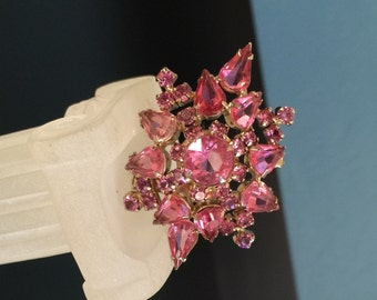 HUGE pink rhinestone brooch pin star domed tiered brilliant pink stones jewelry bargain