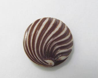 4 Vintage Antiqued Brown Swirled Cabochons Cb114
