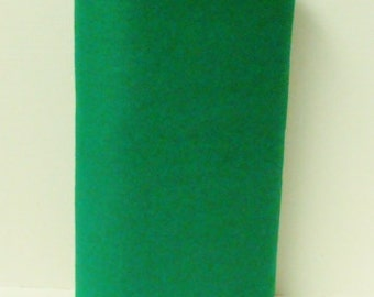 Kelly Green 20% Merino Wool Felt Blend Fabric By the Yard from Woolhearts