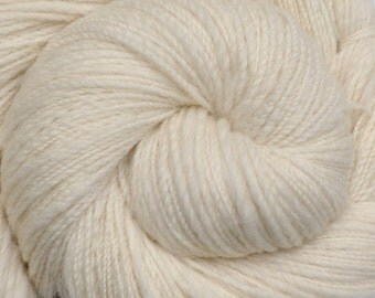 Handspun yarn - Natural Color Merino wool, Fine Sport weight - 445 yards - Natural White 2