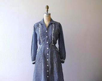 Vintage 1940s horn print dress . 40s blue novelty print dress