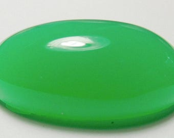 Chrysoprase designer cab glowing green AAA+  maraborough  oval 30.3 ct.Eye clean cabochon