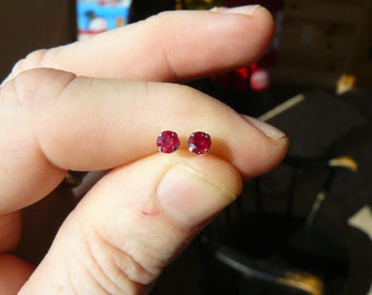New 1ct  14kt White Gold Round Ruby Earrings