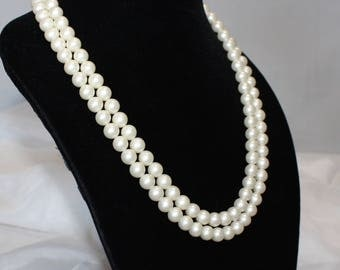 Beautiful Vintage, Off White, Double Strand, Pearl Necklace, 2 Strand