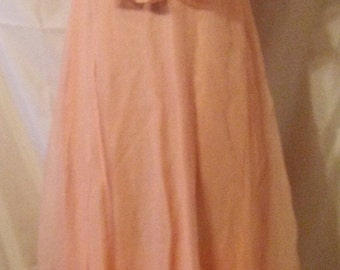 """BIG HOLIDAY SALE Sweet 70s Vintage Blush Pink Prom Bridesmaid Party Resort Gown-Maxi Dress-Capelet-Size 4-Small-36"""" Bust-"""