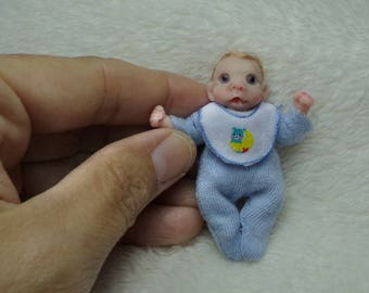 OOak miniature baby boy with a little teeth for Dollhouse 1:12 scale
