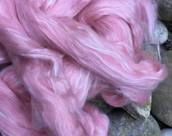 "Louet dyed merino silk top spinning fiber 4oz  ""Soft Rose"": Saorisantacruz"