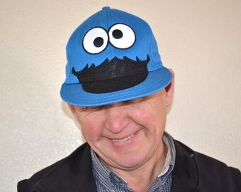 Vintage  Cookie Monster Face Fitted  Sesame Street Baseball trucker Hat blue Cap Unisex  Cartoon Comic beach hat S/M vintage  cap
